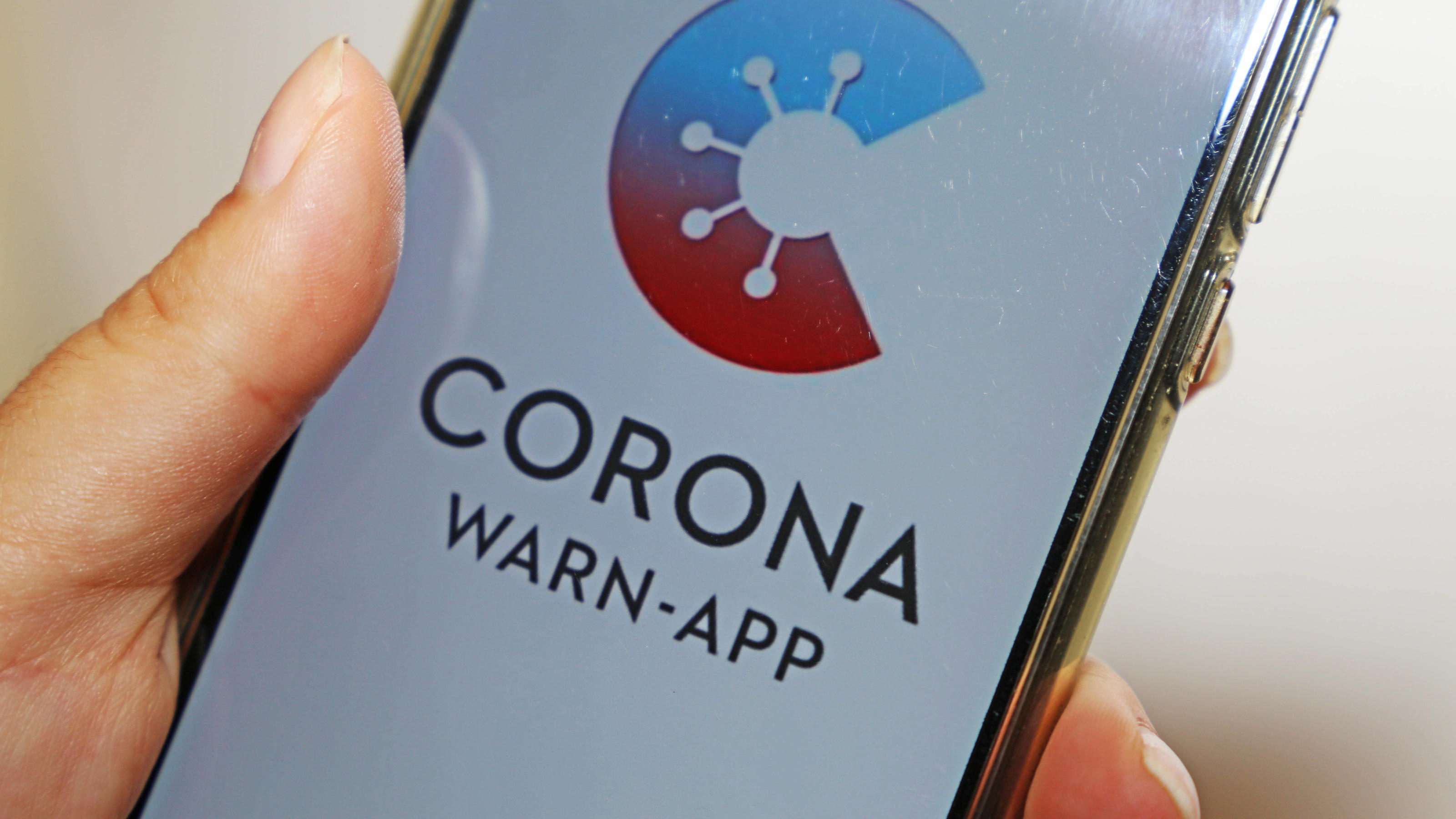 Corona-Warn-App: Wie kann ich eine andere Sprache einstellen?