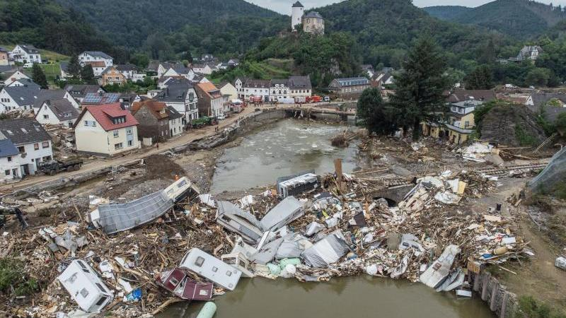 Flutkatastrophe im Ahrtal: Politik hat Katastrophenfall zu spät ausgerufen, obwohl sie informiert war