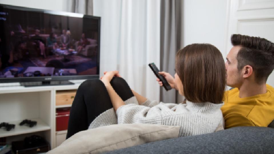 Testsieger: Die 5 besten Fernseher unter 1.000 Euro