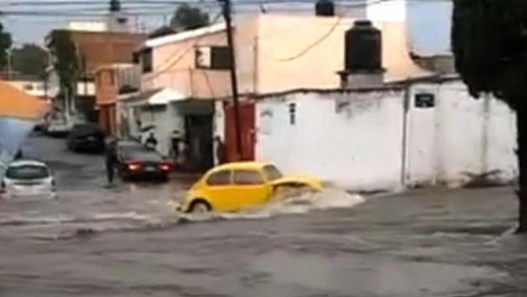 Tropensturm Cristina sorgt für Überflutungen und Zerstörung