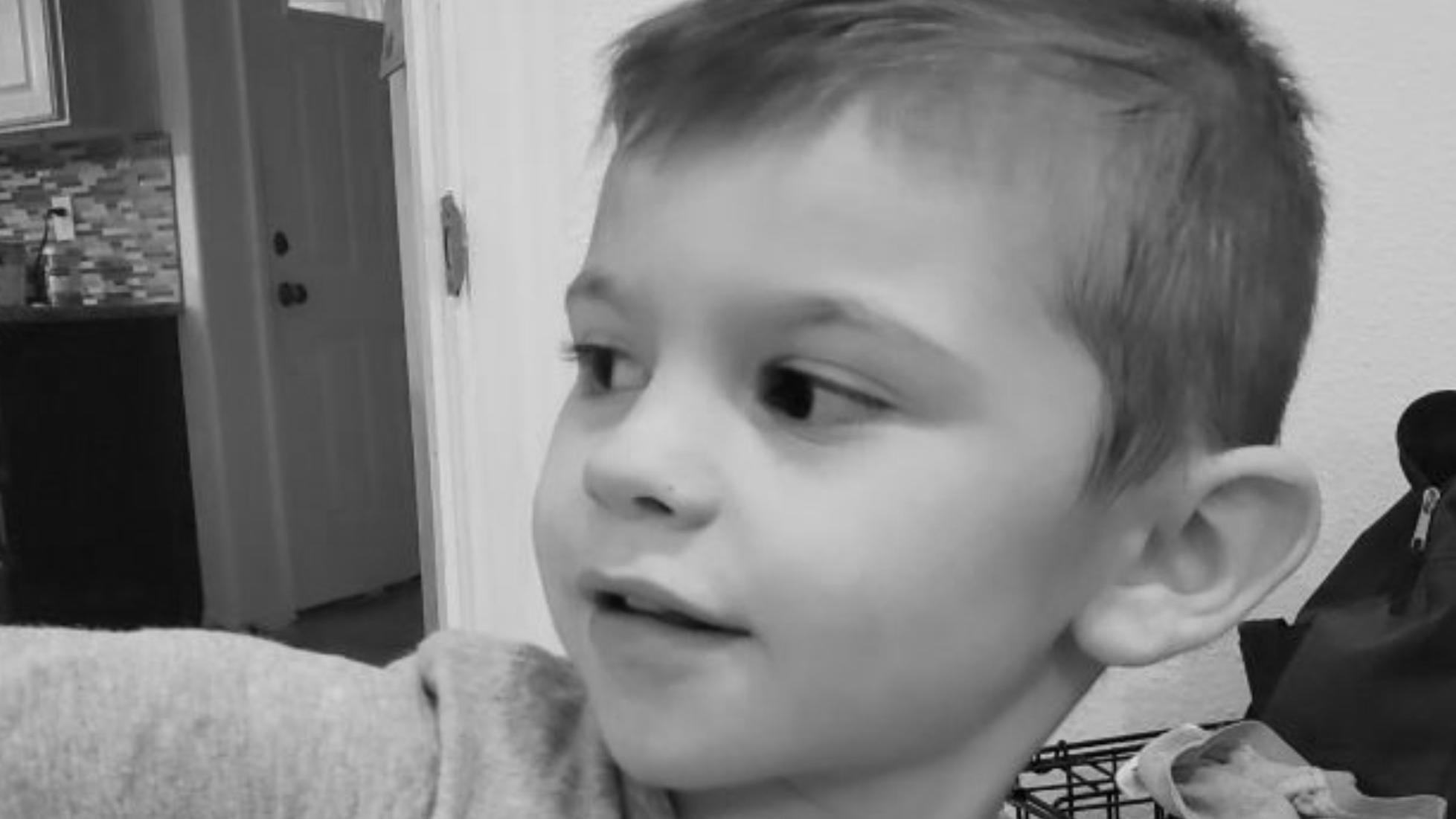 Utah, USA: Oma bringt Enkel (4) ins Bett, am nächsten Tag liegt er tot in Spielzeugtruhe