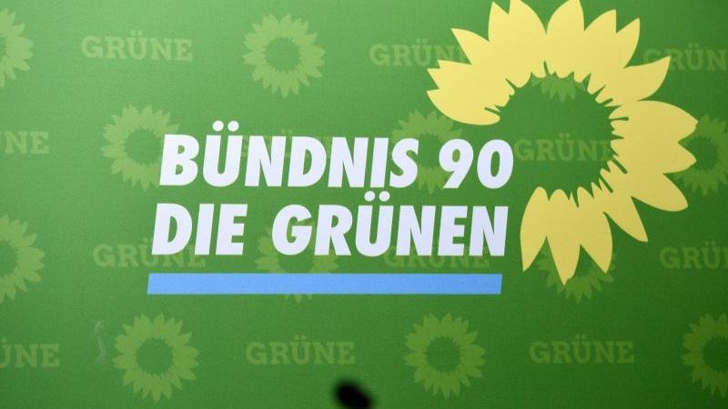 Gr-ne-CDU-AfD-Veto-zum-Rundfunkbeitrag-gef-hrdet-Koalition