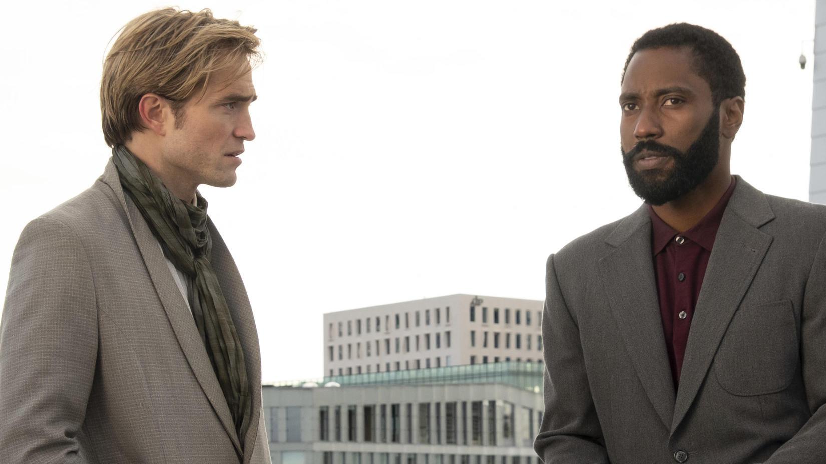 Tenet mit Robert Pattinson und John David Washington - Filmkritik