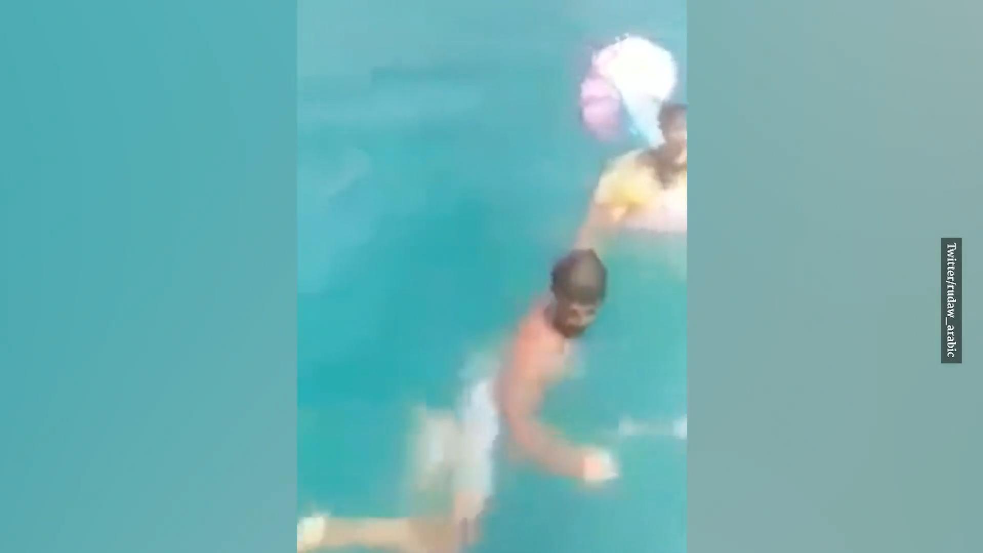 Horror-Vorstellung für alle Eltern: 1-Jährige treibt alleine in Schwimmring im Meer vor Tunesien
