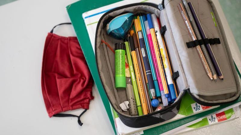 Schule in Schleswig Holstein gestartet: Maskenpflicht bleibt
