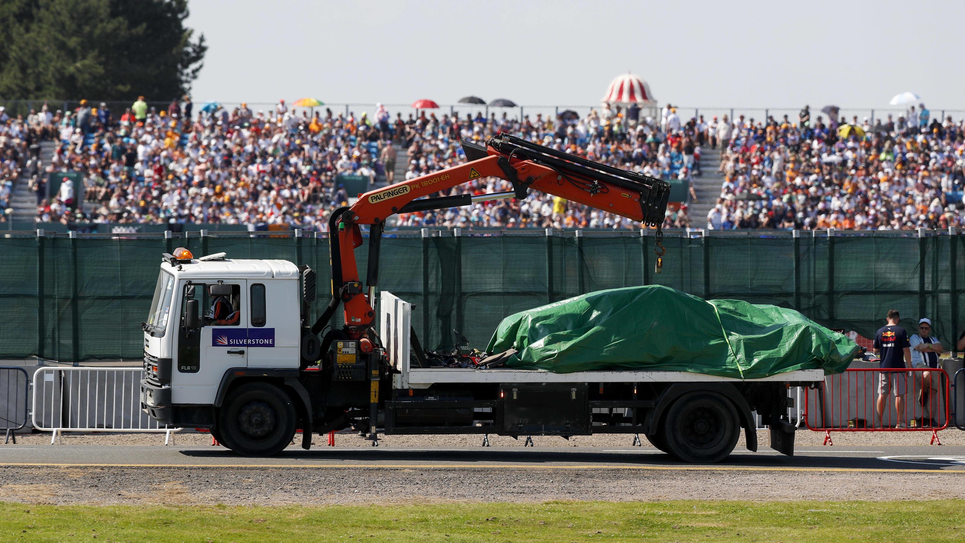 Formel 1: Lewis Hamilton schrottet Max Verstappens Auto - das kostet Red Bull der Mega-Crash
