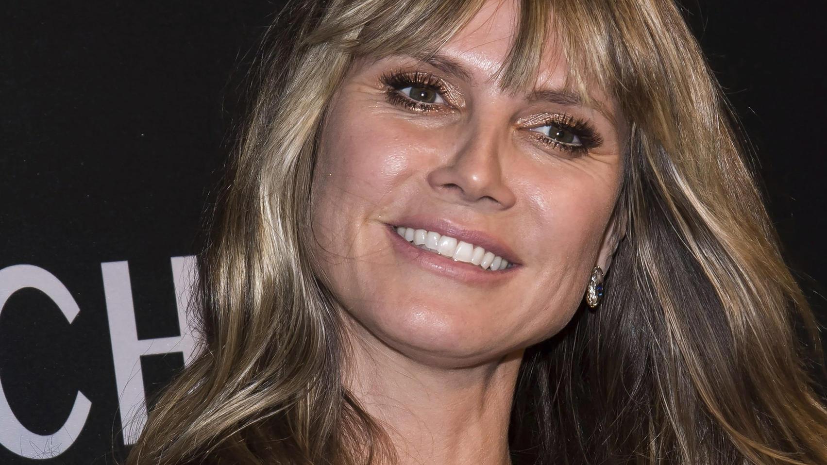 """Heidi Klum bekommt neue Strähnchen: """"Friseurbesuch in BH"""