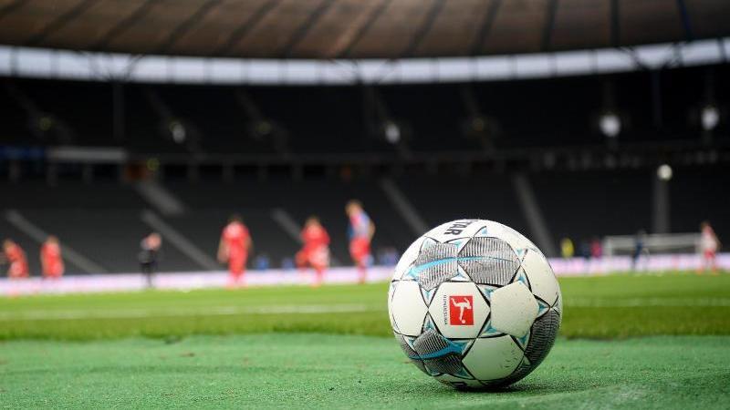 Eintracht will bei Rückkehr von Bobic ersten Heimsieg
