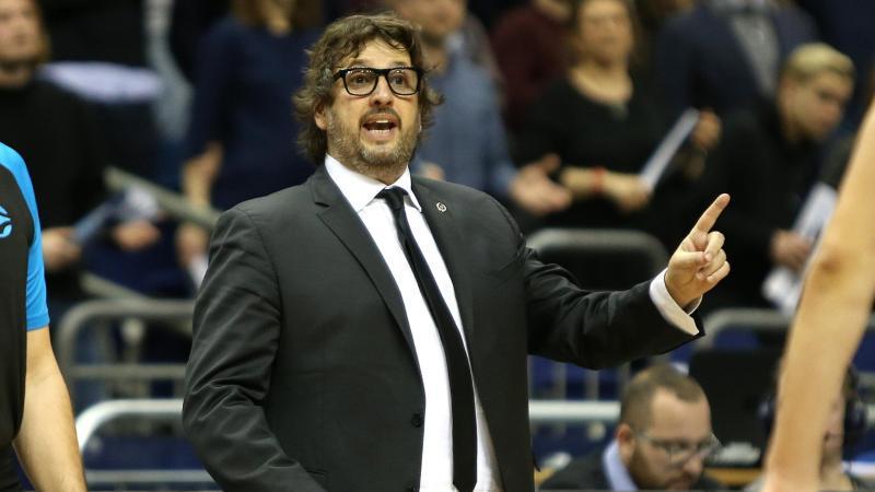 Medien: FC Bayern verpflichtet Basketball-Trainer Trinchieri