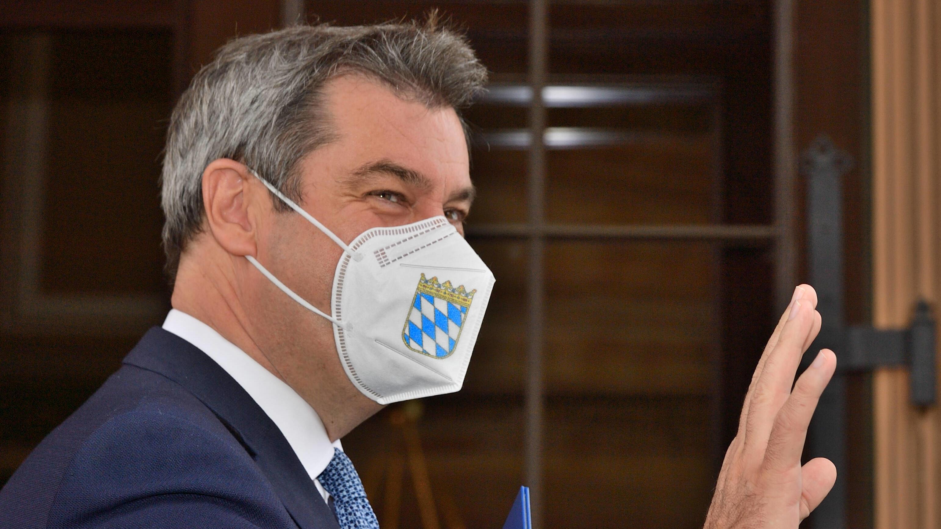 Nach Baerbocks Klimaplan - CSU und SPD schließen Flugverbot aus