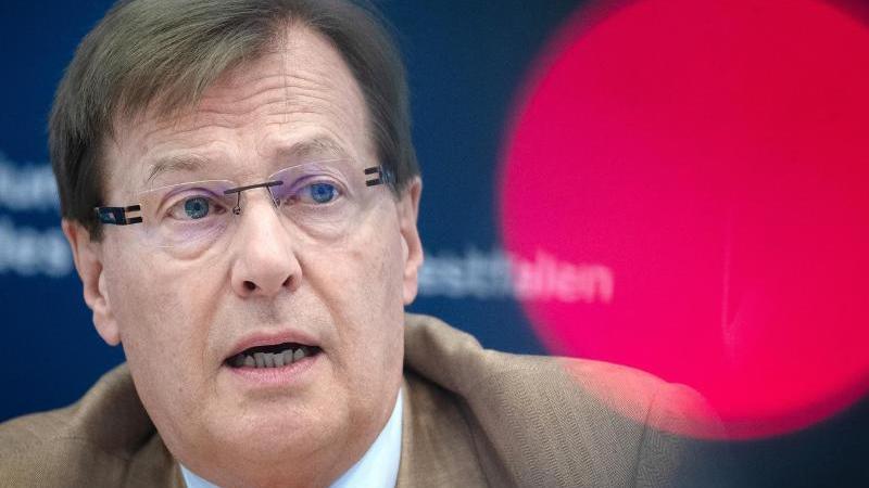 Corona: NRW testet Telemedizin hinter Gefängnismauern