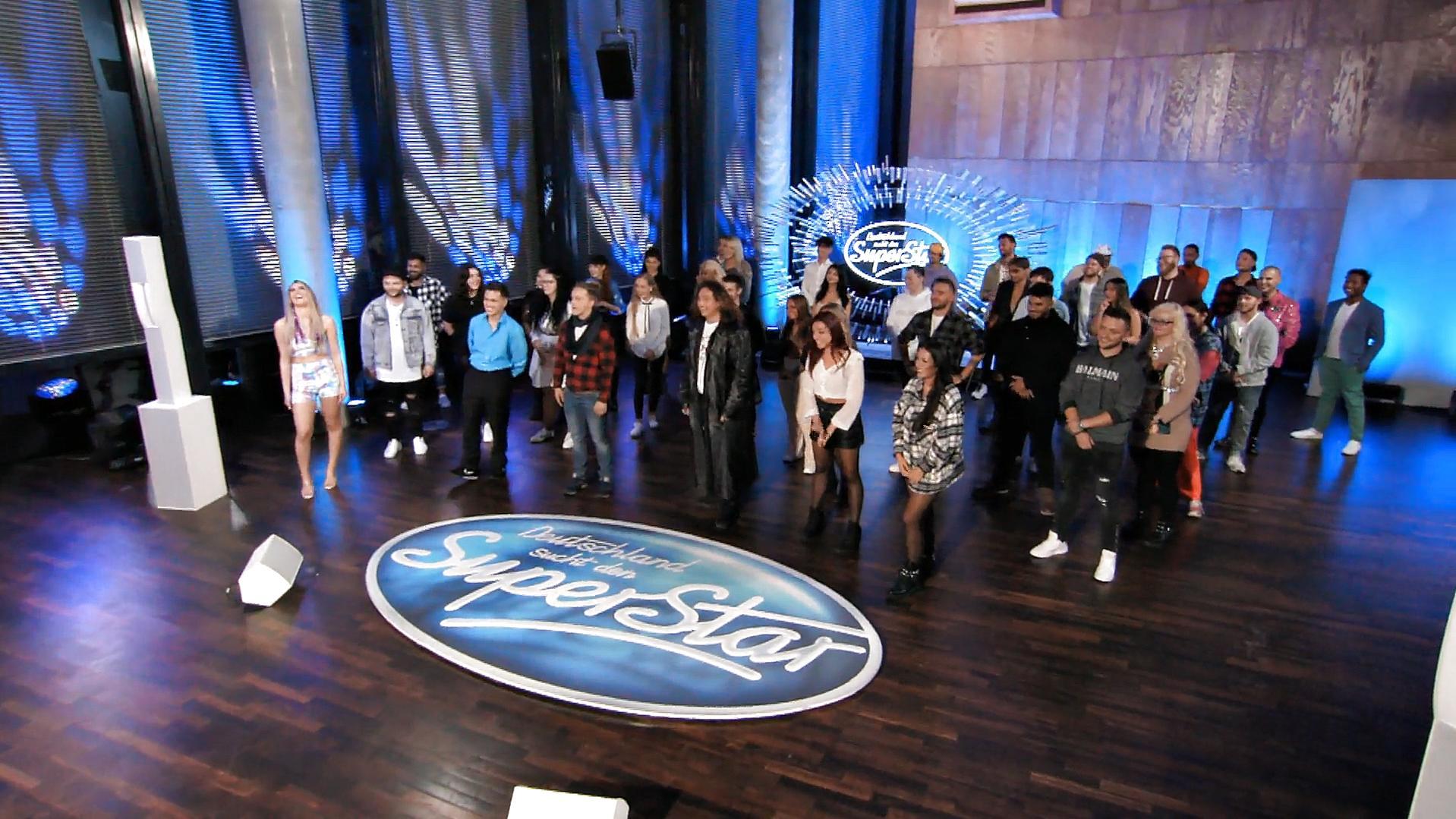 DIESE 44 Kandidaten haben die erste Recall-Runde überstanden - RTL Online