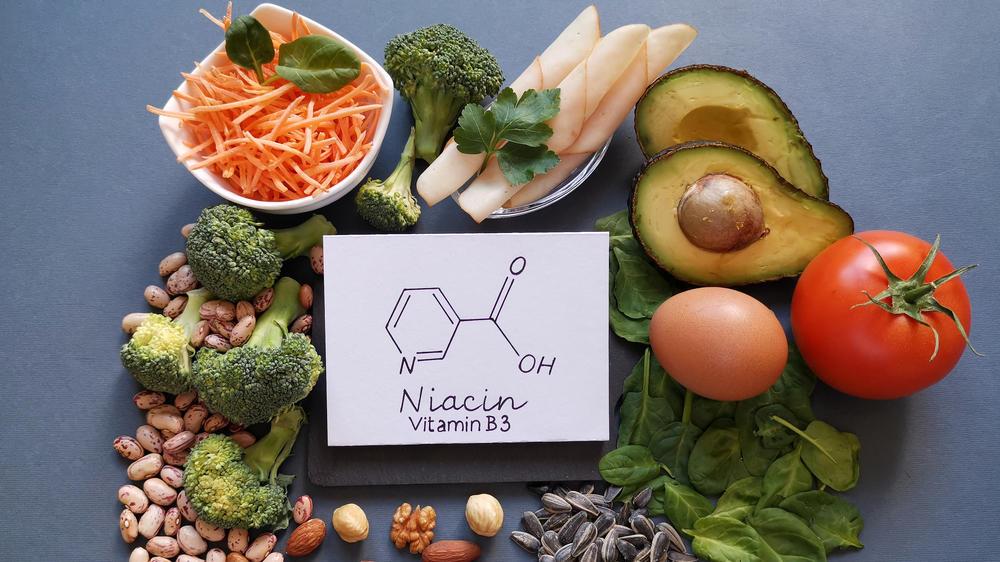 gegen-pickel-und-co-das-steckt-hinter-dem-power-vitamin-niacin